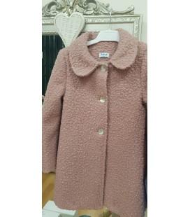 Abrigo rosa empolvado para niña.